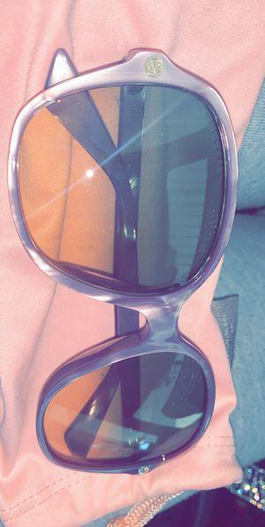 Gucci sunglasses for Sale in Phoenix, AZ