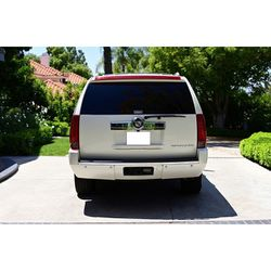Selling my 2008 Cadillac Escalade $1000 for Sale in Warren,  MI