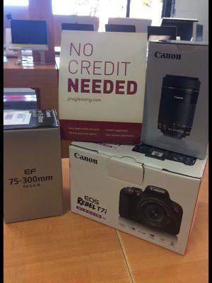 Dslr digital camera only $40 Down gets one. Canon Sony nikon for Sale in North Miami Beach, FL