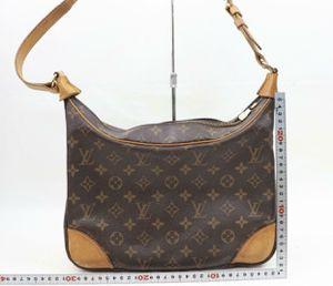 Authentic Louis Vuitton shoulder bag for Sale in Plant City, FL