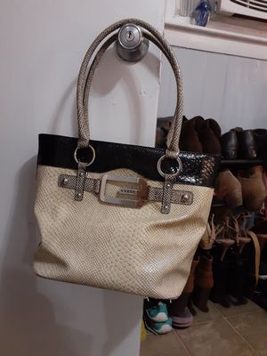 Guess Purse for Sale in Lewisburg, TN