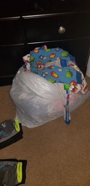 Toddler 3t clothes boys mixture for Sale in Upper Darby, PA