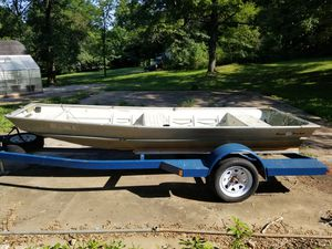 14 ' bass tracker jon boat only. for Sale in Festus, MO
