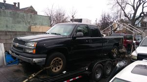05 silverado extended cab parts only for Sale in Philadelphia, PA