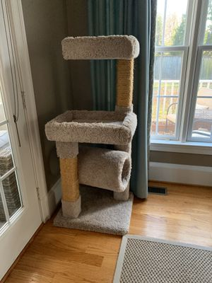 Cat tree in excellent shape for Sale in Falls Church, VA