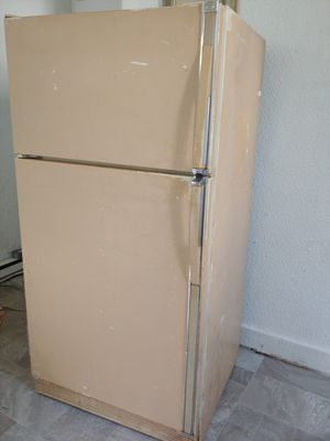 full size frigerator for Sale in Virginia Beach, VA