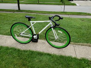 Caraci single speed or fixie fixed gear bike (flip flop hub) for Sale in Shaker Heights, OH