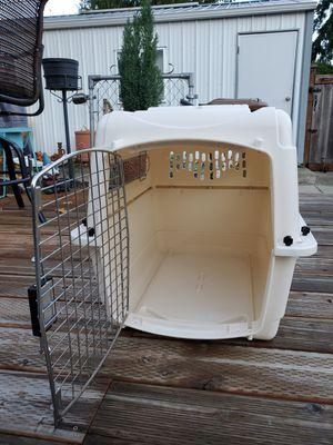 Petmate vari ultra plastic kennel for Sale in Tacoma, WA