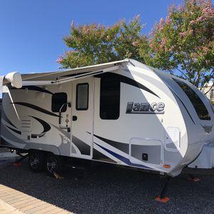 2018 Lance 1985 Travel trailer for Sale in La Mesa, CA