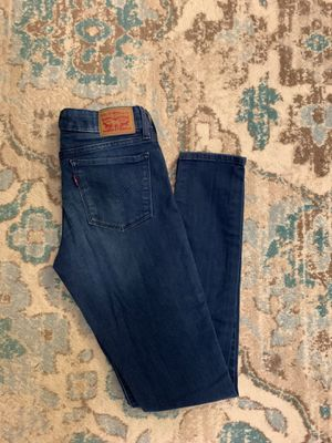 Women's Levi's size 28 for Sale in Chandler, AZ