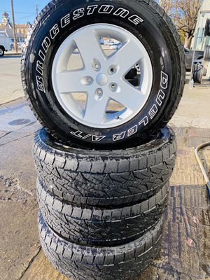 "17"" Jeep Wrangler 4 wheels & tires for Sale in Gilroy, CA"