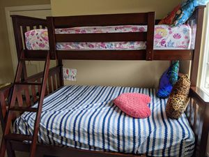 Kids Bunk Bed purchased from Costco for Sale in Redmond, WA