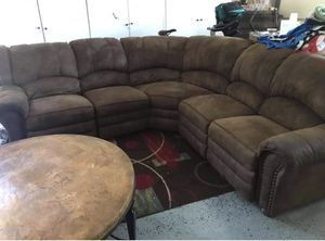 Sectional Brown L-Shape Sofa/Couch for Sale in Los Angeles, CA