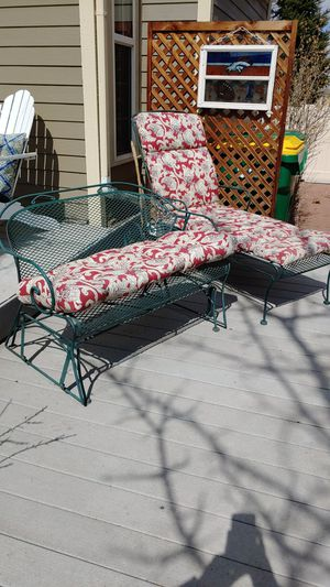 Glider and chaise cushions included for Sale in Henderson, CO