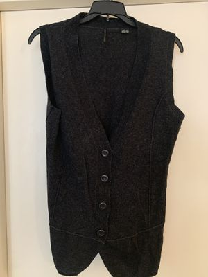 Isda & Co. Sweater vest for Sale in Los Angeles, CA