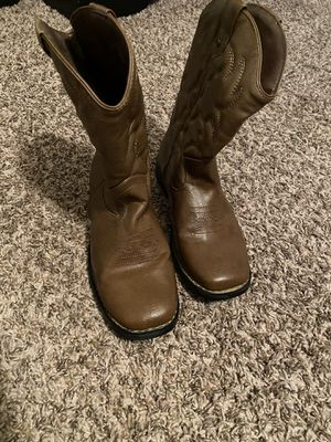 Girls boots for Sale in Tulare, CA