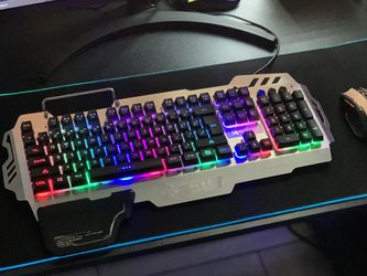 104 Keys LED Illumination Mechanical Keyboard with Large RGB Mousepad and Six Botton Wireless Mouse for Sale in Norco,  CA