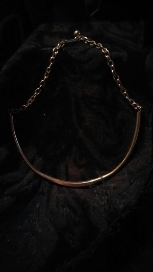 GOLD TONED NECKLACE for Sale in Prunedale, CA
