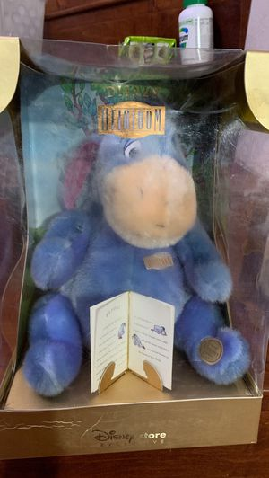 """Disney Store Exclusive """" Disney Heirloom Eeyore 12 inch Plush with COA box has serious wears for Sale in City of Industry, CA"""