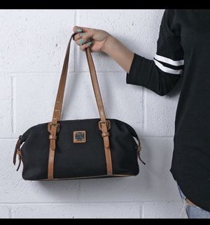 Dooney & Bourke black bag for Sale in Riverside, CA