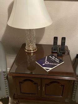 2 Mahogany End Tables With Glass for Sale in Bothell,  WA