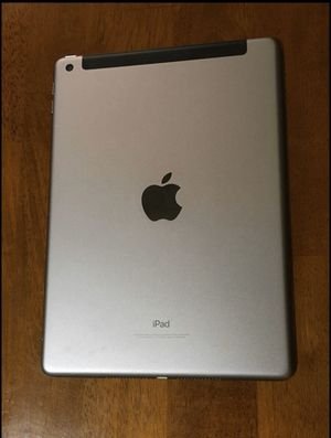 iPad 6th generation for Sale in Lakeland, FL