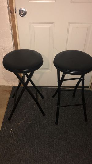 2 soft Barstools for Sale in Kingsport, TN