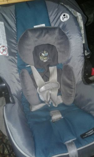 Car seat&stroller combo for Sale in Factoryville, PA