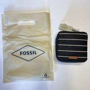 NWT Fossil Jewelry Travel Case Earring Ring Bracelet for Sale in Mentor, OH