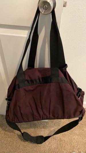 Duffle bag for Sale in Tacoma, WA