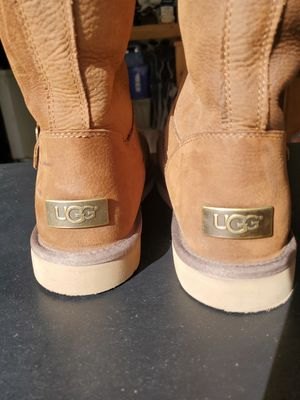 Size 11 UGG Women's Boots for Sale in Hayward, CA