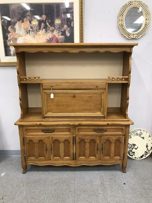 Two Piece Drexel Desk / Hutch for Sale in Fort Washington, MD