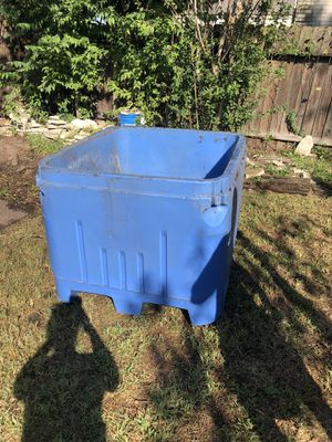 HUGE TEXAS ice chest for gatherings!!!! Even a hot tub! for Sale in Katy, TX