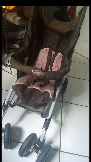 Graco baby stroller for Sale in Tampa, FL