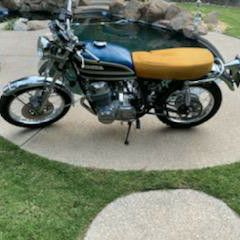 Vintage Classic HONDA Motorcycle CB 750 - $6,990 (Fresno) for Sale in Fresno, CA