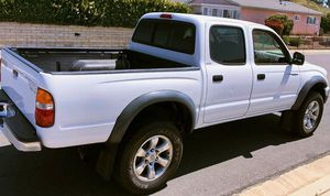 2003 Toyota Tacoma V4 for Sale in Hacienda Heights, CA