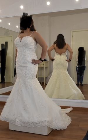 Wedding dress for Sale in Compton, CA