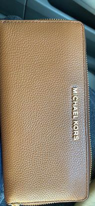 Michael Kors wallet for Sale in Antioch, CA