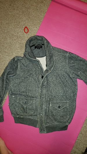 Men's sweater (M) and H&M vest for Sale in Brooklyn, OH