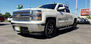 2014 chevys silverado titulo limpio for Sale in Houston, TX
