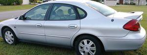 2003 Ford taurus 4 door sudan for Sale in Wahneta, FL