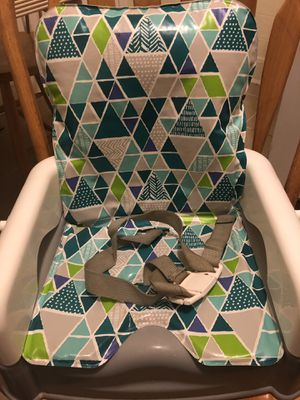 booster seat with removable tray for Sale in Philadelphia, PA