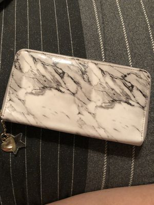 Marble wallet for Sale in Horn Lake, MS