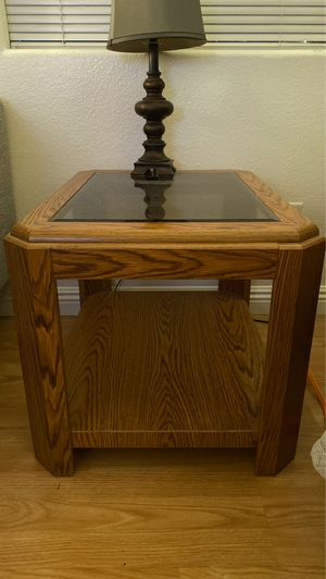 End tables set of 2, glass top for Sale in Las Vegas, NV