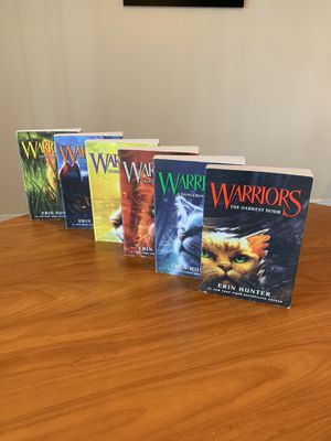 Warriors - Erin Hunter 6 book set for Sale in Fort Lauderdale, FL