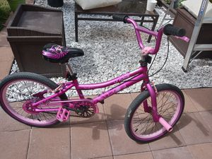 "Girl bike 20"" for Sale in Hialeah, FL"