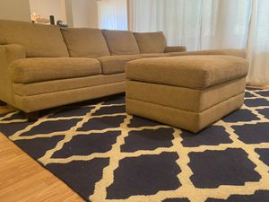 Couch with chase lounge for Sale in Issaquah, WA