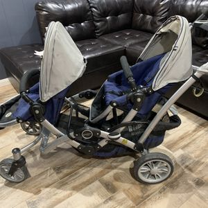 Double Seat Stroller for Sale in Grand Prairie, TX