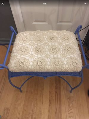 Small foot stool / bench for Sale in Aurora, CO