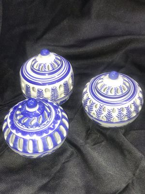 Set of 3 porcelain jars with lids for Sale in Naugatuck, CT